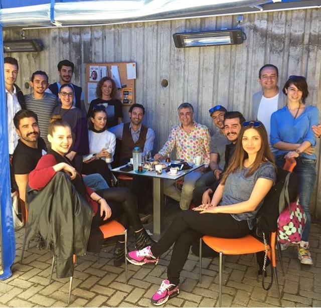 Seminer öncesi Gazeteci Tayyar Işıksaçan ve oyuncularımız