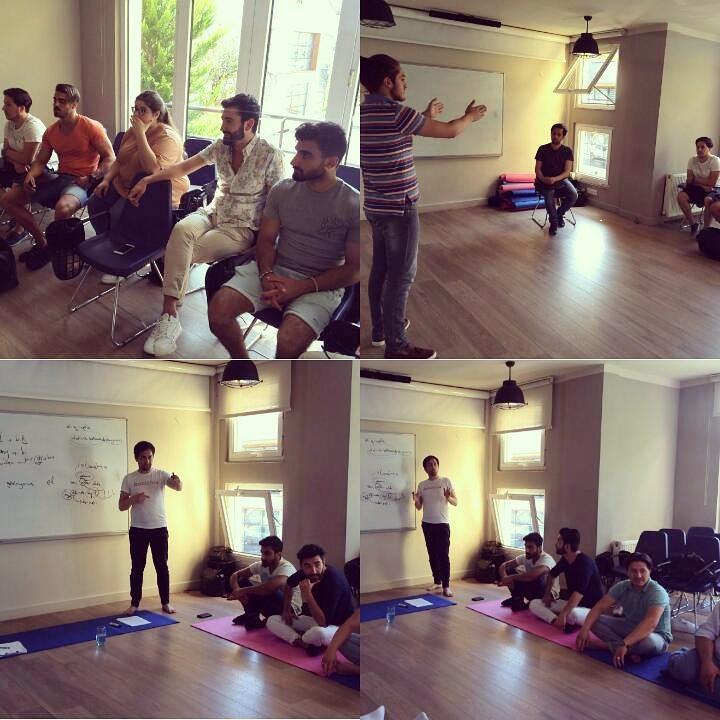 Belçika'dan gelen Aktör Stüdyo öğrencileri, eğitmenimiz Celâl Eldeniz ile oyunculuk için seslerini nasıl kullanabileceklerini öğreniyorlar..